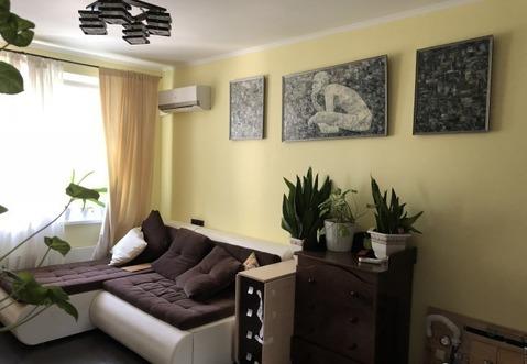 Продаётся 2-х комнатная квартира в ЗАО Москвы вместе с гаражом. - Фото 1