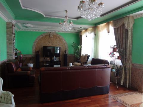 Шикарный дом с высококачественным ремонтом, есть сад - Фото 3