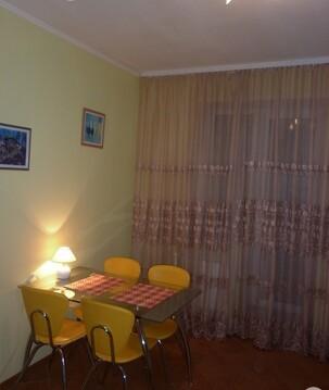 Сдаю 2 комнатную на Маяковского с мебелью и бытовой