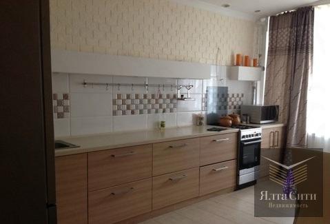 Просторная квартира с хорошим ремонтом в современном ЖК в Гурзуфе - Фото 1