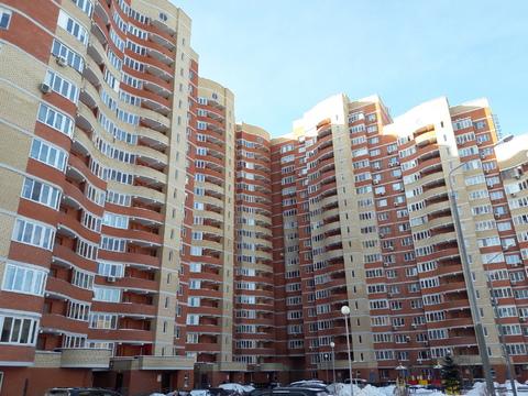 Продается однокомнтаная квартира по ул.Победы 32 без ремонта. - Фото 1