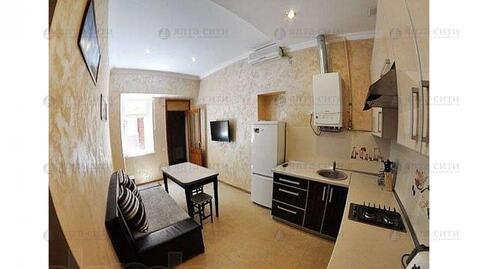 Продается двухкомнатная квартира с двориком в центре - Фото 3