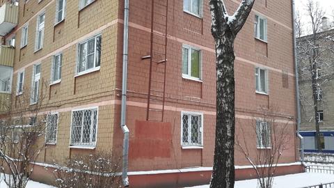 2-х комнатная квартира 41 кв.м. 1эт/ 5 эт. Мытищи ул. Щербакова д.15 - Фото 2