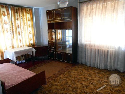 Продается 1-комнатная квартира, ул. Беляева - Фото 1