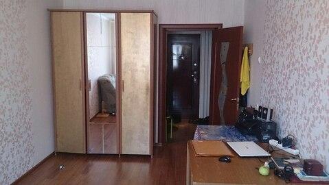 Сдам комнату по улице Софьи Перовской, 25 - Фото 1