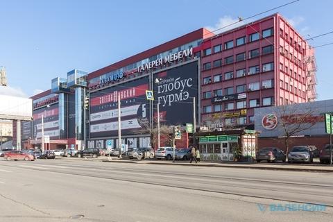 """Аренда торговой площади 62,8м2 на 2эт в тк """"Светлановский"""". - Фото 1"""
