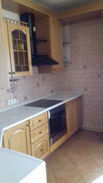 Продам 3-к кв в элитном доме с хорошим ремонтом, собственным гаражом - Фото 3