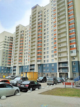 Продажа уютной 2-х комнатной квартиры с просторной кухней - Фото 1