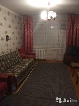 2-к квартира, 60 м, 1/10 эт. - Фото 1