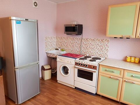 Квартира, ул. Просторная, д.52 - Фото 1