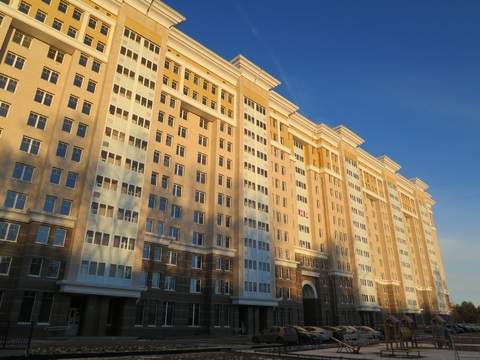 "Продается 2-х комнатная квартира в ЖК ""Маршал"" на ул. Болотникова - Фото 1"