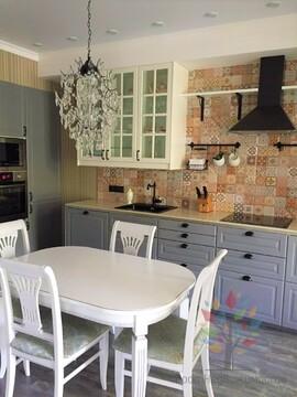 Квартира у моря с 3 спальными комнатами, Продажа квартир в Сочи, ID объекта - 322715246 - Фото 1