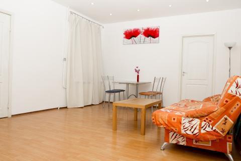 Уютная квартира на Фонтанке посуточно - Фото 1