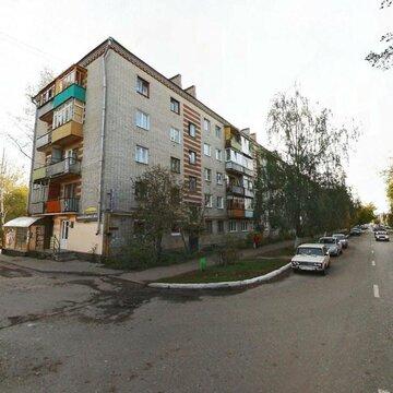Продаю двухкомнатную квартиру на ул. Октябрьской - Фото 1