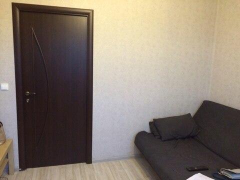 Продается 1 комната в 3-х к кв 66 кв м в 10 минутах от Пр. Просвещения - Фото 1