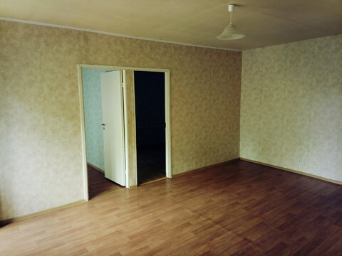 Сдам квартиру,2 спальни и гостиная с кухней, с/у совмещен. - Фото 4