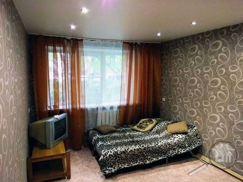 Продается 1-комнатная квартира, ул. Коммунистическая - Фото 2