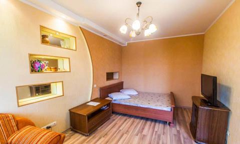 Сдается 1-комнатная квартира 38 кв.м. ул. Курчатова 64 на 5 этаже. - Фото 1