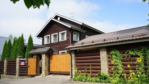 Уютный дом 374 кв.м на участке 16 сот в Большаково, Пятницкое ш, 14 . - Фото 1