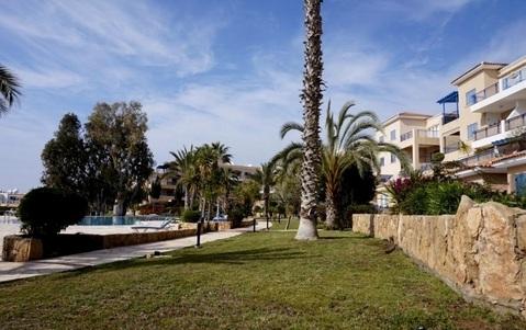 Прекрасный трехкомнатный Апартамент с видом и в 300м от моря в Пафосе - Фото 4