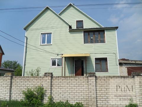 Продам 2х этажный дом в Семилуках - Фото 1