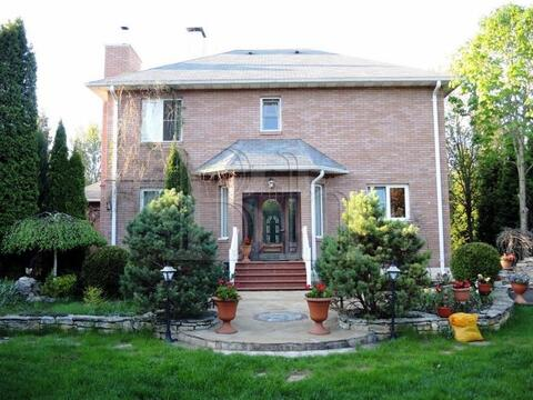 Загородный дом современной архитектуры в клубном поселке рядом с . - Фото 3