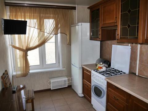 Сдам трехкомнатную квартиру в шаговой доступности от м. Братиславская - Фото 1