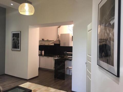 Сдается 2-х комнатная квартира с дизайнерским ремонтом. - Фото 1