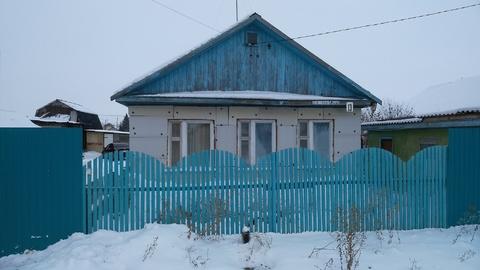 Дом в посёлке Новоомском Омской области - Фото 1