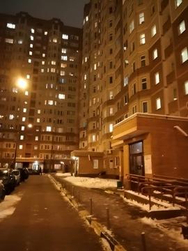 Продам одно комнатную квартиру в Сходне - Фото 1