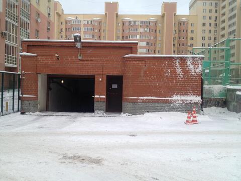 Продам машиноместо в подземном паркинге - Фото 1