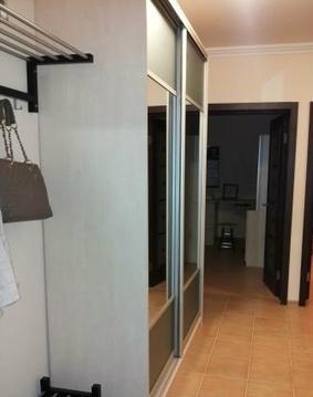 Сдается двухкомнатная квартира с мебелью - Фото 1