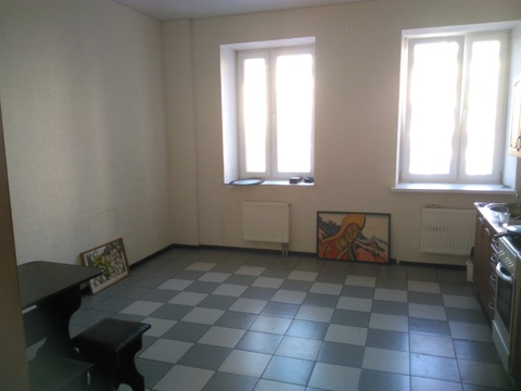 В аренду двухкомнатная квартира 100 м2 в центре Челябинска - Фото 4