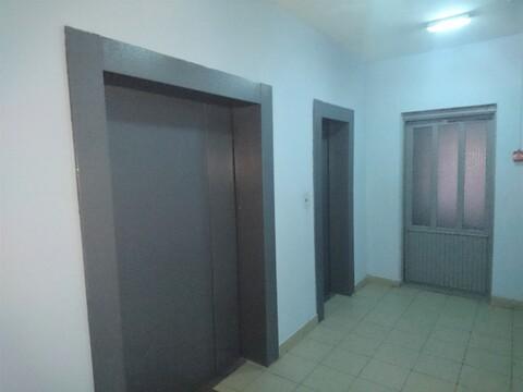 Продажа 2 комнатной квартиры на улице Октябрьский проспект 16а - Фото 2