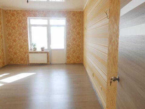 Продается квартира Краснодарский край, г Геленджик, ул Шмидта, д 1 - Фото 1