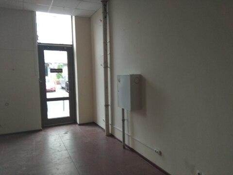 Торговое помещение на первом этаже с отдельным входом, 57,6 кв.м - Фото 5