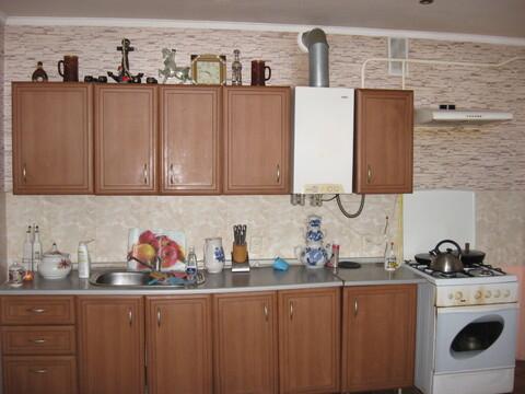 Продается Двухэтажный дом в пгт Гвардейское - Фото 3