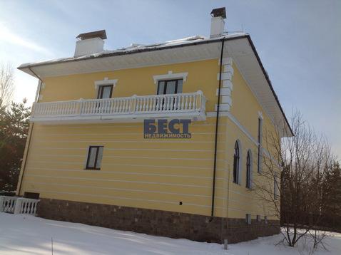 Отдельно стоящее здание, особняк, Рублево-Успенское ш, 17 км от МКАД, . - Фото 1