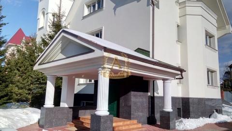 Большой 850 м2 коттедж в аренду в 28 км. по Киевскому ш. - Фото 1