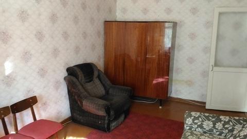 Сдаю 1 комнатную на 3-я Молодежная с мебелью, холодильником и тв - Фото 3