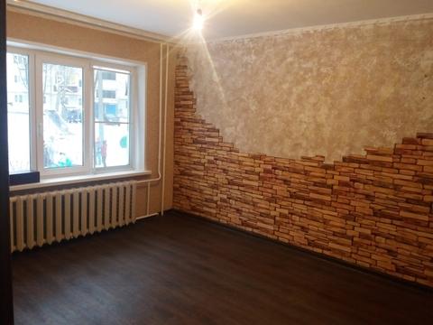 Двухкомнатная квартира по ул.Юбилейная в Александрове - Фото 1