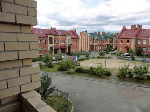 Продажа таунхауса, Тюмень, Ул. Барнаульская - Фото 1