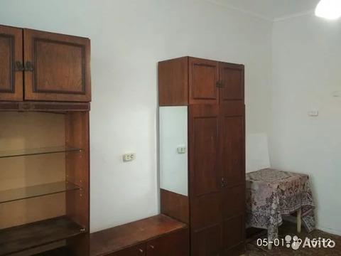 Комната 17 м в > 9-к, 2/2 эт. - Фото 1