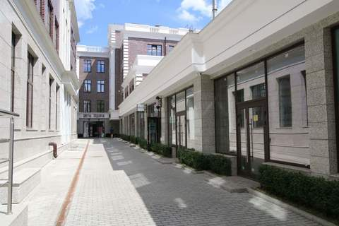 Продам торговое помещение 112.2 кв. м Москва - Фото 1