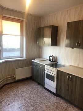 Продается 1-ая квартира в Центре-2 пр. Героев, дом 6, Купить квартиру в Железнодорожном по недорогой цене, ID объекта - 328504660 - Фото 1