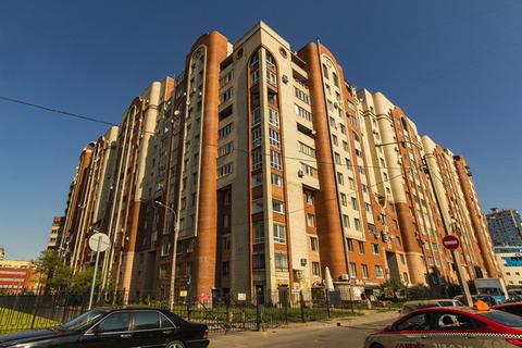 Прекрасная двухкомнатная квартира, Купить квартиру в Санкт-Петербурге по недорогой цене, ID объекта - 329314328 - Фото 1