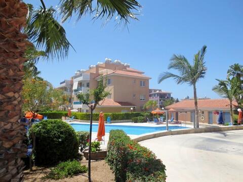 Отличный трехкомнатный Апартамент рядом с удобствами в Пафосе - Фото 1
