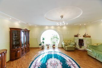 Продажа квартиры, Астрахань, Ул. Сен-Симона - Фото 1