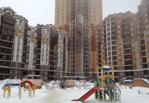 1-к квартира 41 м на 9 этаже 10-этажного кирпичного дома, Купить квартиру в Казани по недорогой цене, ID объекта - 313414227 - Фото 1