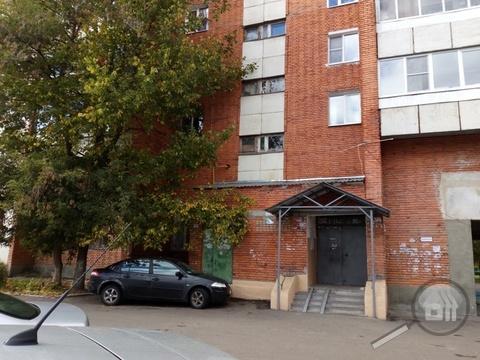 Продается 2-комнатная квартира, ул. 8 Марта - Фото 2